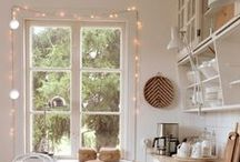 Kitchens / by Maria