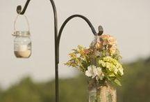 DIY Wedding / Ideas for creating a perfectly bespoke, home-spun DIY wedding of dreams!