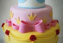 cakes,  cupcakes, frostings / by Lisa Andersen