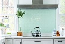 K I T C H E N S / Amazing Kitchen Spaces
