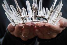Crowns / Jewels / by Carmen Sanz
