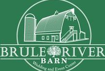 Venues we LOVE: Brule River Barn