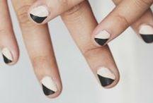 > Fingertips < / by Michelle Houghton Artwork