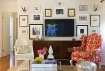 Gallery Walls / by Cassandra Thibault
