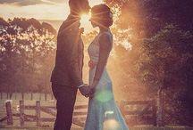 Hochzeitsfotos / Cinderella designt Brautkleider nach Kundenwunsch