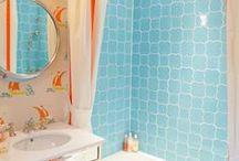 Bathroom / by Maureen O'Brien