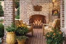 Backyard: Decks & Patios / by Cindy Snyder