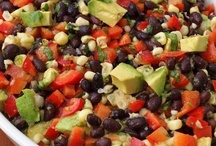 Veggies and Side Dishes / by Rose Freidel
