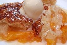 Cobblers, Pies, Puddings & Crisps / by Cretha Mathews