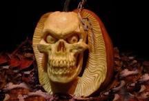 Halloween / #Halloween #Holidays / by Joellyn Crowley