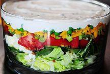{Soup, Salad & Sandwiches}
