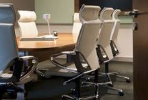Modus Executive / Modus  Executive combines the exceptional comfort and stylish appearance of Modus with exclusive and prestigious features: seat and backrest are covered in flat cushions with extremely supple leather. With carefully stitched seams, they emphasise the slender shape and also lend the furniture a high quality informal appeal.