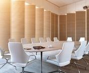 Conference table Graph / The Graph tables reflect the principal design feature of the Graph conference chairs. The chair's apparently seamless foot section, armrests and seat are mirrored in the Graph conference tables.