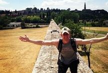 #ouabroad / Sooners around the world, we salute you!  Show those OU hands! #ouabroad