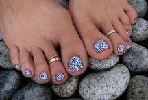 Nails / by Lisa Bagozzi