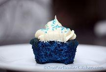 Cupcakes / by Kari Shuman-Balalioui