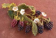 Bead - Brooches / Hairclips / by Nivethetha Sudhakar