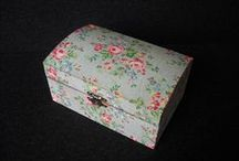 Jewelry Boxes by Fiona / Pretty boxes to keep your jewelry organized