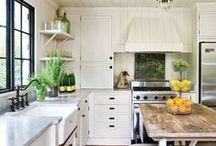 kitchens / by Veronika