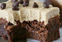Desserts / by Aspen Lyons