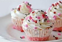 Cupcakes / by Aspen Lyons