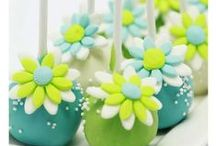 Decorated Cupcakes, Minicakes and Cakepops