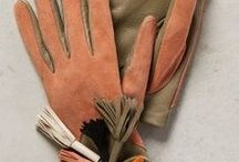 Gloves / I have to wrap these delicate digits in something!