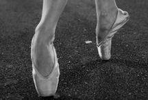 Ballet Stagium / Bailarinos do Ballet Stagium transformam o centro de São Paulo, em ensaio para a Revista Continuum (http://issuu.com/itaucultural/docs/revista_continuum_34)   fotos: Autumn Sonnichsen