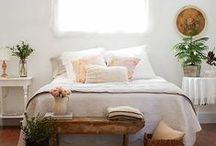 Bedrooms // Habitaciones / Qué agustito se está en la cama...