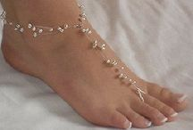 Barefoot Sandals / by Hannah Brown