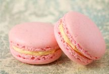 Cupcakes & Macarons / by Wendy Evans