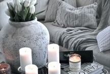 Neutral Living Room Ideas / Neutral tones with little pops of colour