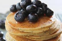 Gluten-Free Recipes / by Lauren Timmins