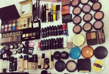 I have a makeup problem!!!! / by Samantha Dziadziak