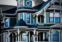 House:Victorian Dream / A Huge Victorian House In All Her Glory.  What Would It Be Like To Live In A House Like This?