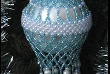 DIY:Bead Work Christmas / Using beads to dress-up your ornaments...there are so many inspiring examples available.