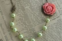 Crafts: Jewelry / by Jeanette Thomas