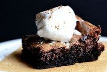 Desserts / Delicious Snacks / by Kristen Slama