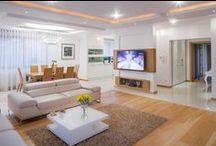 Aranżacja domu w bieli / White interior design / Aranżacja domu w bieli - wystrój wnętrz w kolorze białym. Zobacz więcej na www.amarantowestudio.pl