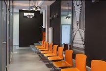 Wystrój poczekalni w przychodni lekarskiej / Medical waiting room interior design / Wystrój poczekalni w przychodni lekarskiej - Poczekalnia w poradni - Wystrój gabinetu lekarskiego.  Zobacz więcej na www.amarantowestudio.pl