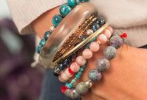 Venusrox Bracelet Jewellery / All handmade using the finest beads and clear-energy gems, here you will discover the most beautiful bracelets to wear daily. What are you attracted to? Trust your gut!