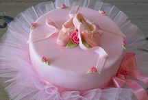 Pretty Cakes / by Cindy Wade