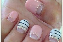 Girly Nails! / To do for future nails / by Kassi Linnemann