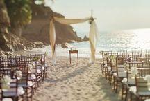 •wedding & events• / by Ashley Gagnier