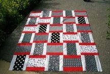 Quilts / by Becki Niederworder