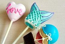 Cake Pop Designs / Cake is hands down our guilty pleasure. Make it bite-sized and you have a treat perfect for any party, event, (or diet). Learn the secrets behind elaborate cake pops and professional decorating techniques.