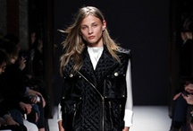 RUNWAY FALL 2012. / by ♪ Lola ♫ ♩Лола ♬