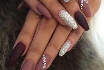 Make Up, Nails & Piercings