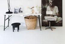 arbeitszimmer  // workspaces / Ein Büro zu Hause? Das geht! Mit schönen Schreibtischen, bequemen Stühlen und den richtigen Schreibtischaccessoires wird der Arbeitsplatz zu Hause zum kreativen Workspace. / The best ideas for a creative and productive home office and work space!