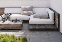 garten  // garden / Ich liebe es sehr im Sommer draussen zu wohnen und habe das große Glück einen Garten zu haben. Hier pinne ich Ideen für Garten, Terrasse und lauschige Plätze unter Bäumen. Mein Traum ist ein Hochbeet für eigenes Gemüse und feine Kräuter - und ein Schwimmteich oder Pool!